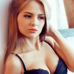 sankt-peterburg-prostitutki-anketi-s-video-eblya-so-zvezdami-spuskanie-v-pizdu